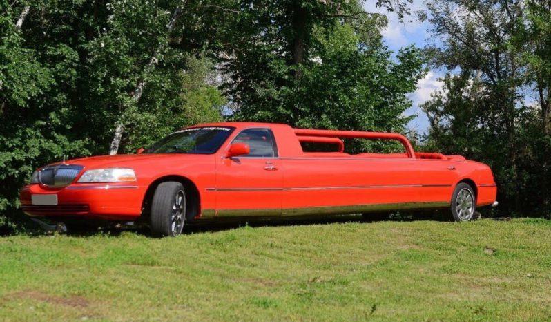 Red cabriolet limousine exterior