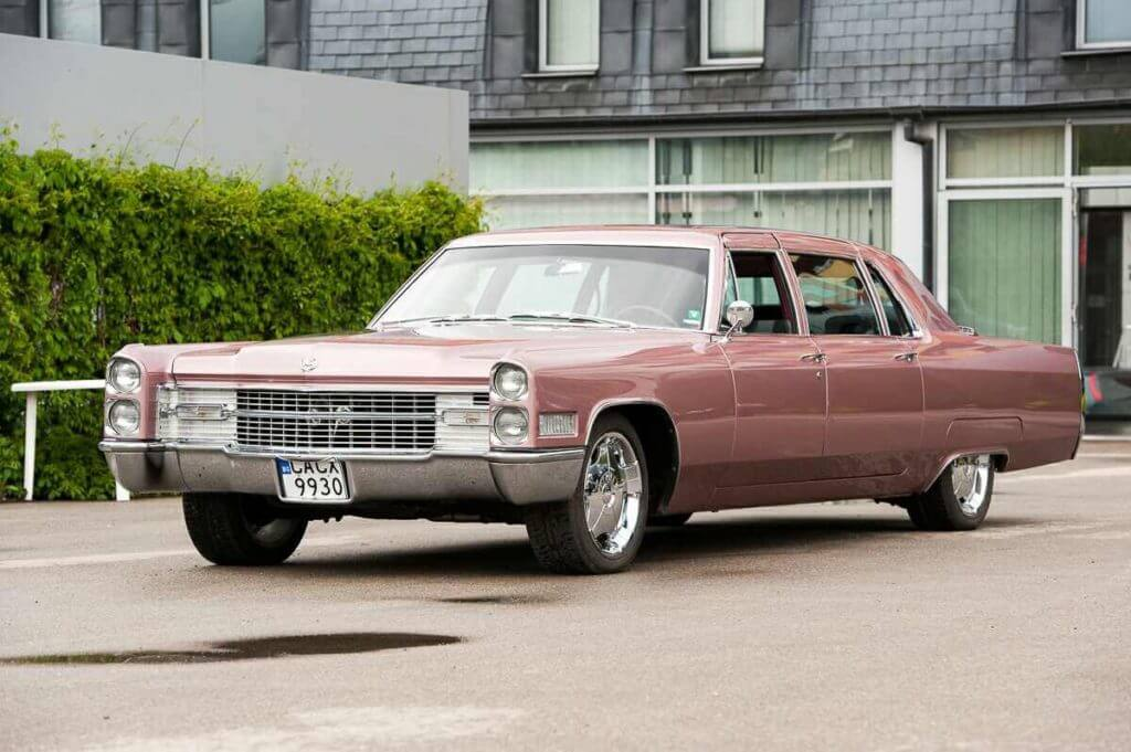 Cadillac fleetwood view