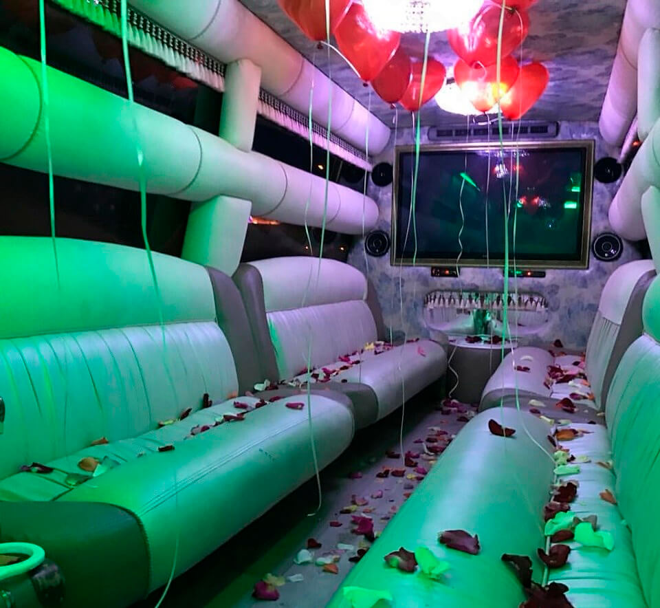 interior party limo hummer