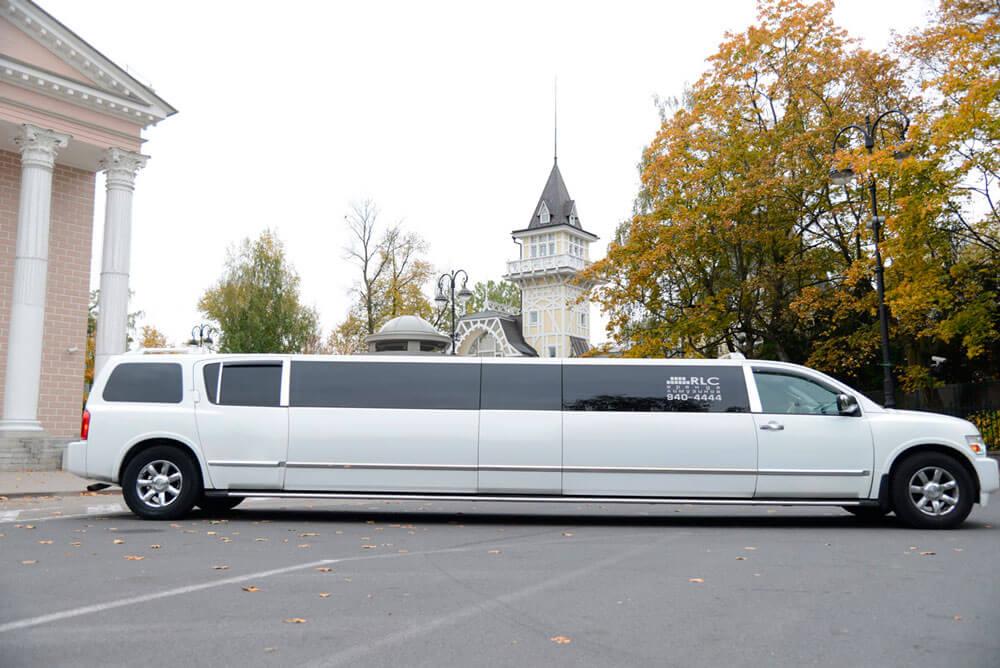 INFINITI QX56 Limousine JET Door!!! - LimoMarket.com