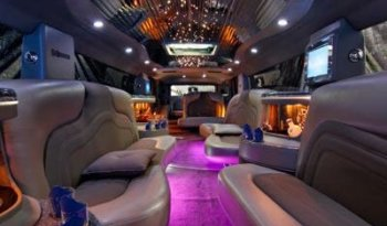 Hummer H2  by CRYSTAL COACH BUILDERS - LimoMarket.com