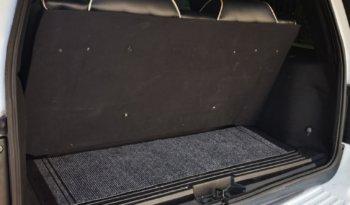 Lincoln Navigator limousine - LimoMarket.com