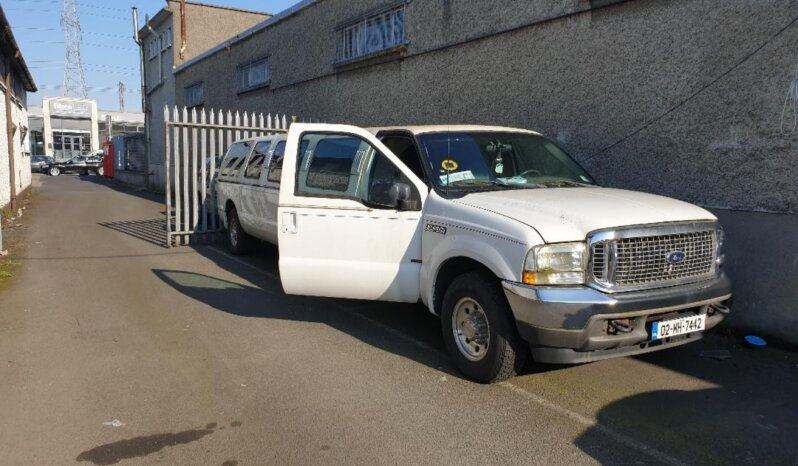 FORD EXCURSION LIMO - LimoMarket.com
